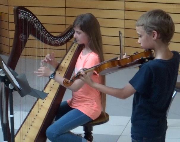 morceau de harpe et de violon